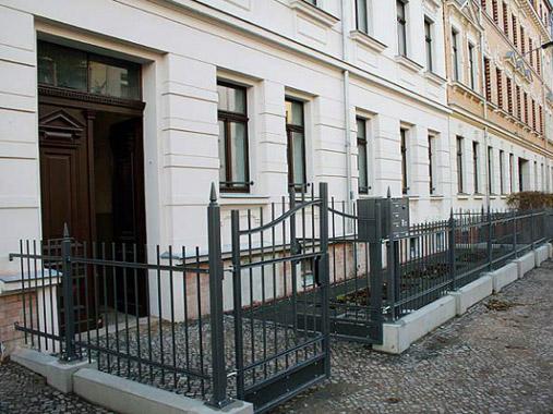 Referenzobjekt Eisenacher Straße 49 - Außenansichten