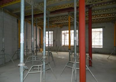 Ansicht der neu eingebauten Stahlbetondecke im II.OG