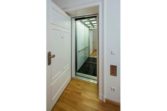 Wohnung 01 - Lift bis in den Keller - Halt in der Wohnung