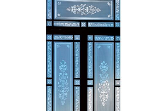 Wettiner Straße 10 - Fensterverglasung im Treppenhaus