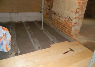 Erneuerung des Fußbodenunterbaus im III.OG