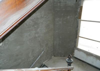 neuer Innenputz im Treppenhaus des Täubchenweg 01
