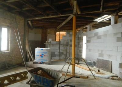 Einbau neuer Zwischenwände im Dachgeschoss