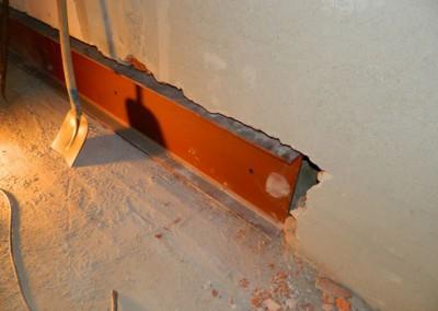 Einbau statischer Verstärkungen im Dielenbereich einer Wohnung