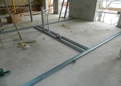 Beginn des Trockenbaus in einem Obergeschoss