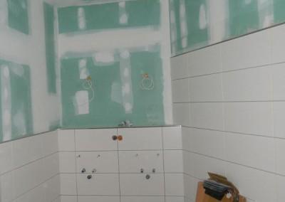Komplett gefliestes Hauptbad