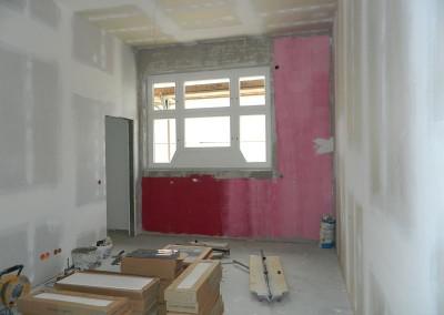 Schlafzimmer mit Zugang zum Hauptbad