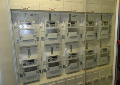 Elektroverteilung mit neu eingesetzten Drehstromzählern