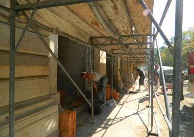 Aufmauerung für die strassenseitigen Panoramafenster