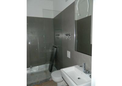 Komplettierung eines Bades einer Apartmentwohnung