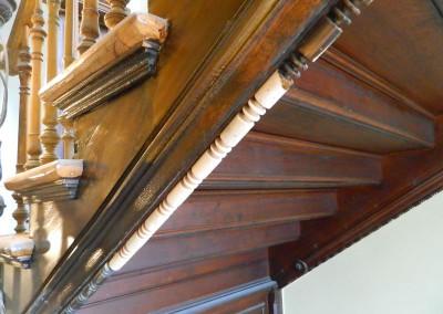 Komplettierung der Treppenuntersichten im Täubchenweg 01