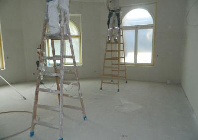 Weiterführende Malerarbeiten im Erdgeschoss