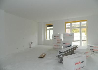 Malerarbeiten in einer Wohnküche im III.OG
