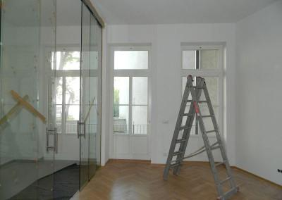 Wohnküche mit Glastrennwand