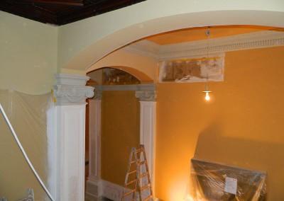 Malerarbeiten im Bereich des Treppenaufganges