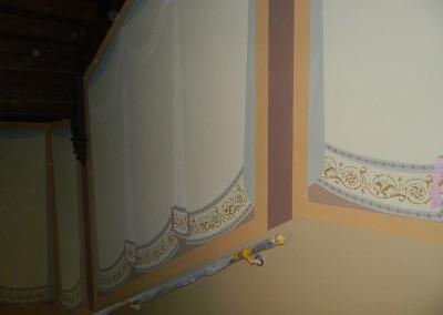 Weiterführende Ausmalung des Treppenhauses