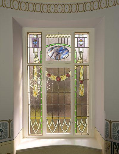 Bleiglasmalerei im Treppenhaus